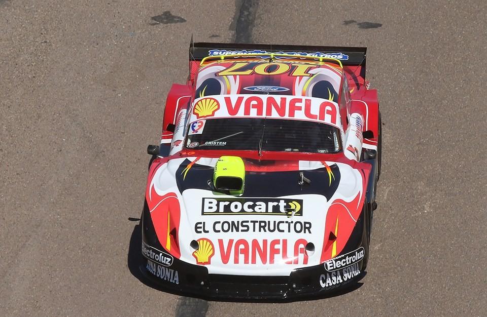 TC PISTA - Ricardo Degoumois - con el auto herido pudo finalizar en el puesto 25