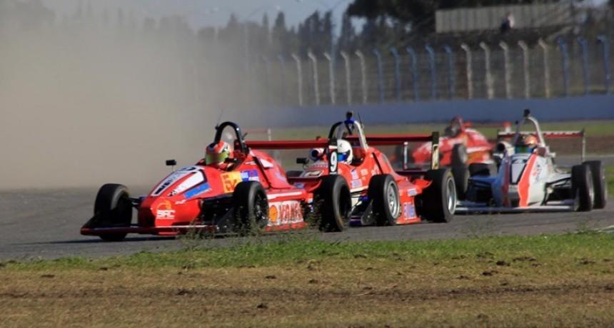 FORMULA 3 SANTAFESINA - El autodromo parque de la velocidad vuelve a la actividad este fin de semana, allí estarán Zuberbuhler y Chansard